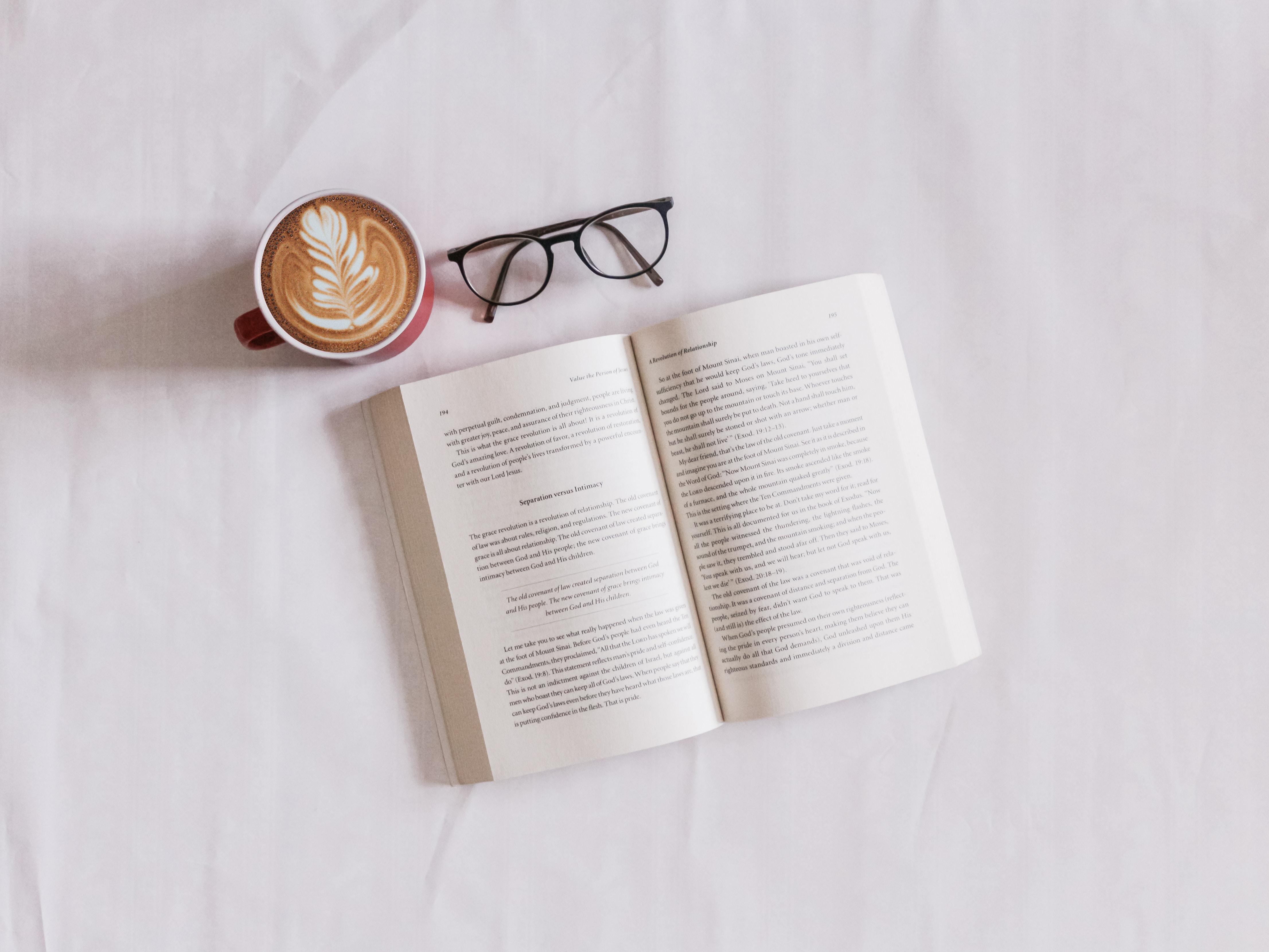 摂食障害克服に役立つ書籍紹介